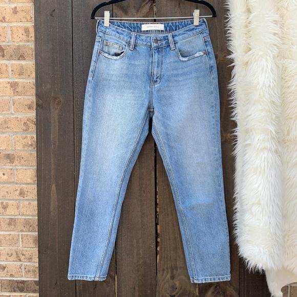 Hidden Jeans Denim - Hidden Jeans Classic Slim Cropped Mom Jeans 27